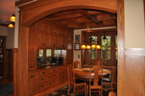 Craftsman style Oak Dining roomwith coffered ceiling